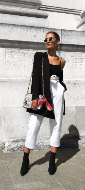 Treat yourself to the irresistible detail of Fabric Plum Cross Body by Kurt Geiger London. This downsized essential is set in monochrome, enriched through a detailed metallic eagle trim detail to coordinate with shoes in our seasonal range.