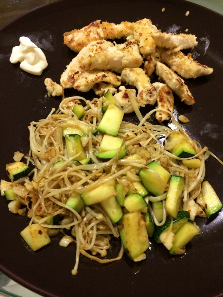 Chicken Fingers with Aglio Olio (Used Enoki instead of pasta) #cohenlifestyle #lynskitchen