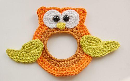 Owl Lens Buddy: FREE crochet pattern