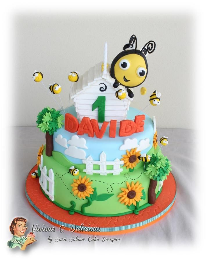 Buzzbee - The hive cake & biscuits - Cake by Vicious & Delicious by Sara Solimes