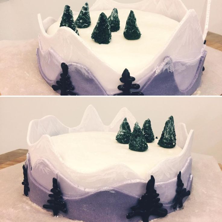 Mountains panorama cake