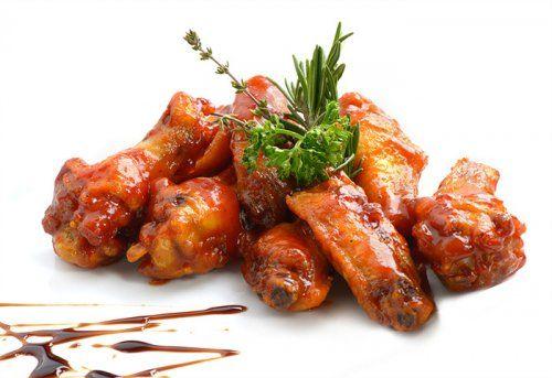 Para hacer unas riquísimas alitas de pollo con salsa barbacoa lo primero que…