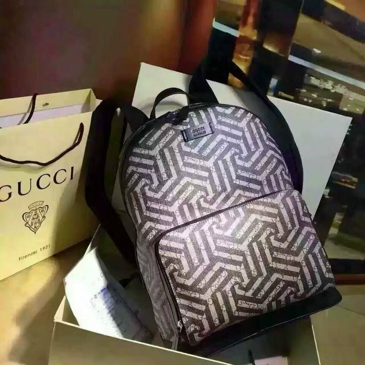 GUCCI 406370 (86USD)