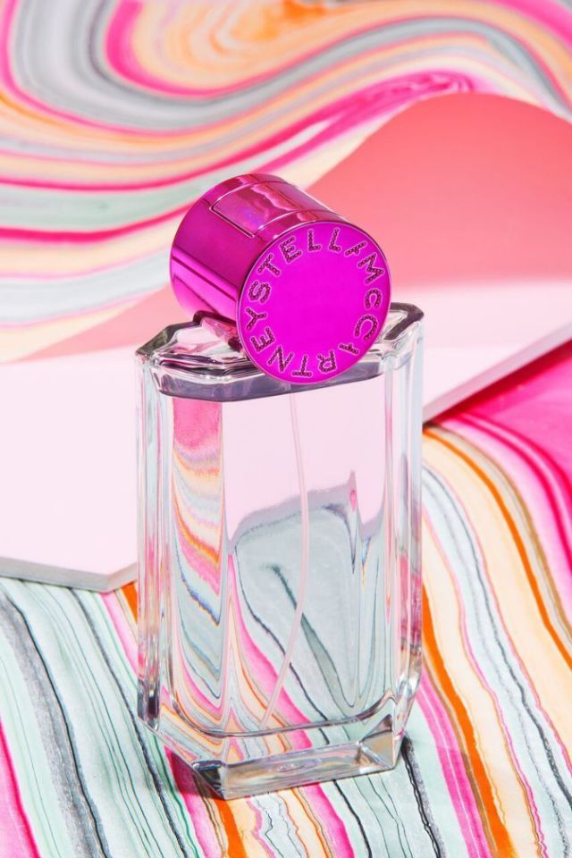 The notes: Violet, tuberose, plumeria, sandalwood, green mandarin, and musk. What it actually smells like: A blooming floral garden. Pop by Stella McCartney Perfume, $92 From Cosmopolitan
