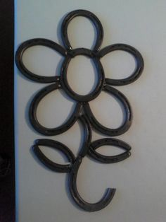 1633 best things made out of horseshoes images on for Things to make with old horseshoes