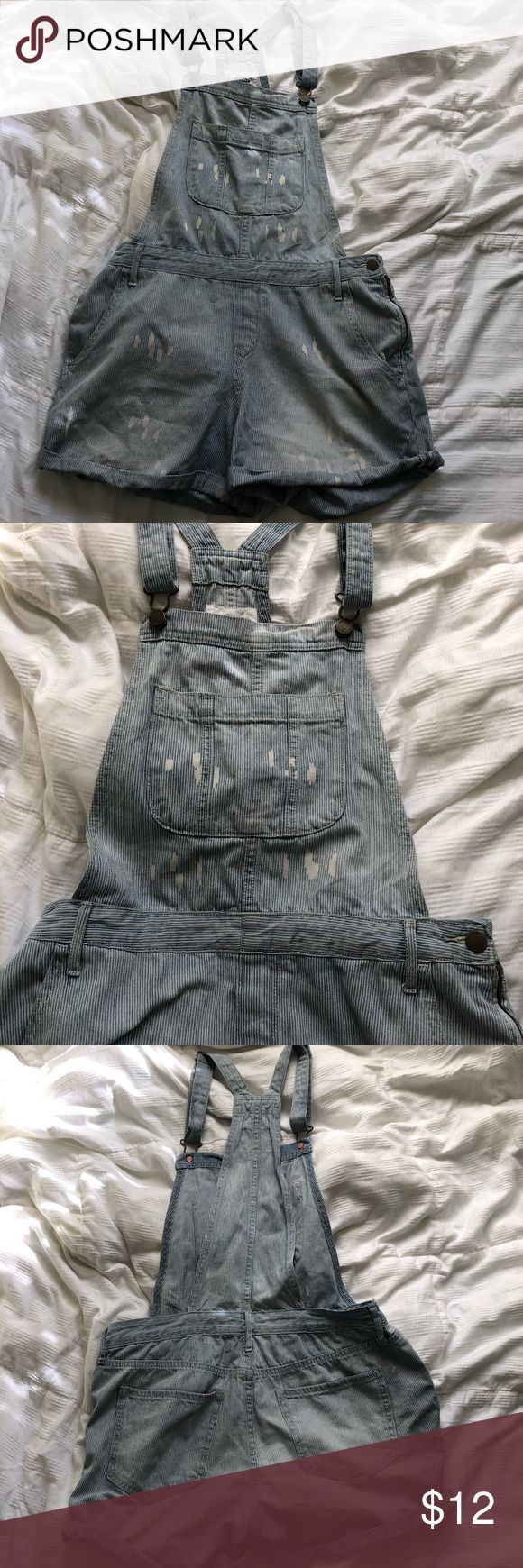 Old Navy Distressed Overall Shorts Distressed overall shorts (striped) Old Navy Shorts Jean Shorts