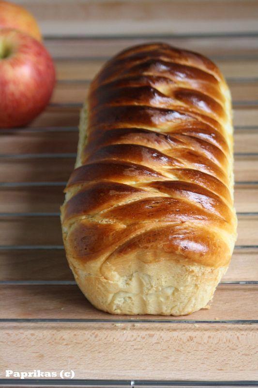 Brioche farcie à la pomme et à la cannelle
