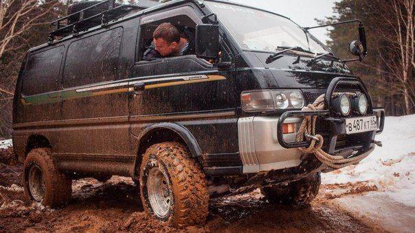 Best 25 4x4 Van Ideas On Pinterest Sportsmobile Van Camper Van And 4x4 Camper Van