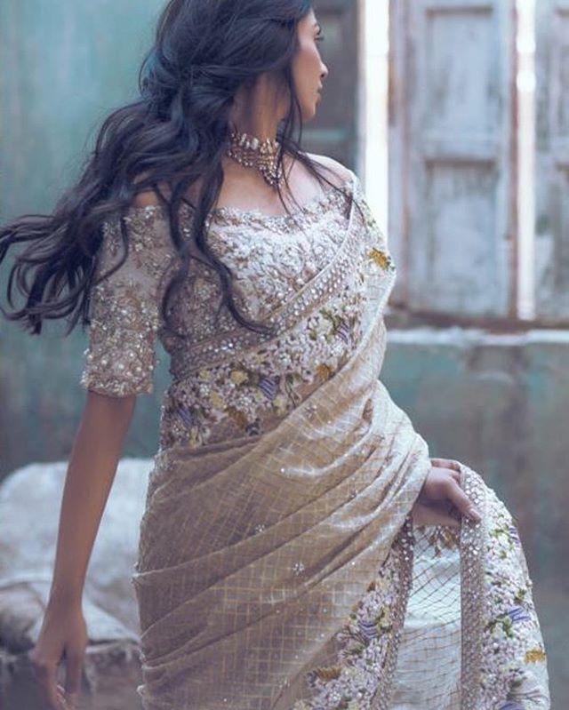 Beautiful champagne sari by Suffuse by Sana Yasir. Love the embellished blouse #saree#suffusebysanayasir#bridal#pakistani#pakistanvogue