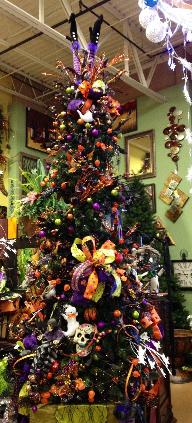 Best 25+ Halloween christmas tree ideas on Pinterest | Nightmare ...