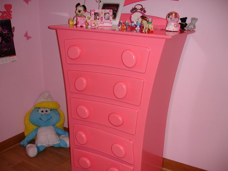 Bespoke girls' set of drawers by Anthony Mullan furniture
