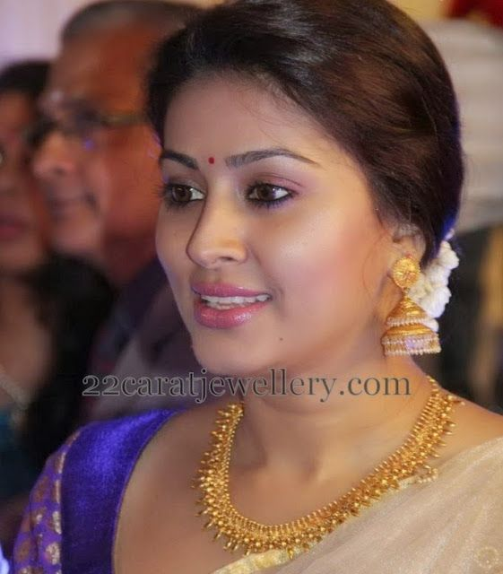 Jewellery Designs: Sneha Prasanna in Traditional Set