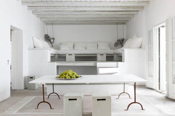 Greece lounge