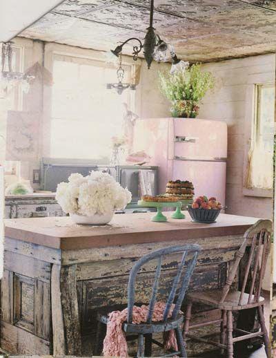 Magnolia Pearl Kitchen