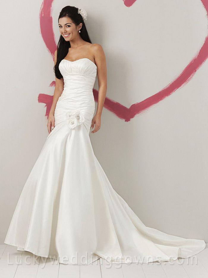 Taffeta Strapless Flirty Summer Wedding Dress Curved Neck and Pleated Bodice