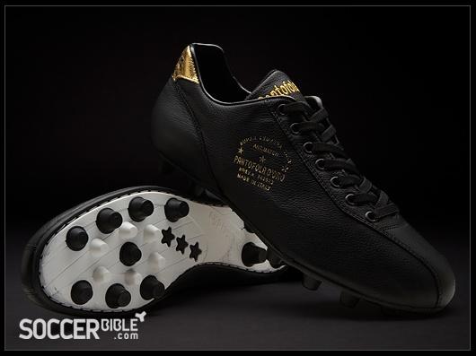 Pantofola d'Oro 1920 Vitello Football Boots - Black/Gold - http://www.soccerbible.com/news/football-boots/archive/2011/08/31/pantofola-d-oro-1920-vitello-football-boots-black-gold.aspx