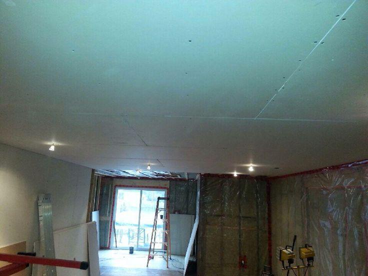 Ceiling looking nice and flat on Livingroom renovation