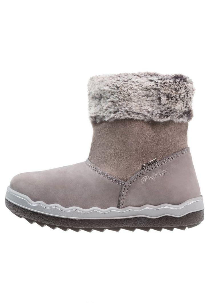 ¡Consigue este tipo de zapatillas altas de Primigi ahora! Haz clic para ver los detalles. Envíos gratis a toda España. Primigi Botas para la nieve grigio: Primigi Botas para la nieve grigio Zapatos | Material exterior: nubuc, Material interior: tela, Suela: fibra sintética con Shock Absorber, Plantilla: tela | Zapatos ¡Haz tu pedido y disfruta de gastos de enví-o gratuitos! (zapatillas altas, high, high-tops, high top, alta, bota, bota, botas, boot, boots, hohe sneakers, tenis altos...