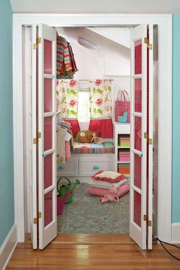 Walk-In Closet so cute!Little Girls, The Doors, Closets Doors, Windows Seats, Kids Room, Closets Storage, Girls Room, Kids Closets, Walks In