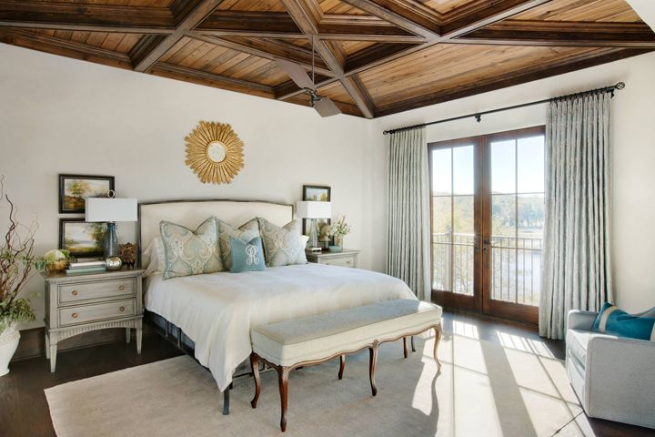 beautiful bedroom by Panageries