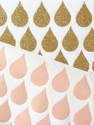 Mini stickers gouttes rose et doré (56 pièces).  : Décoration pour enfants par cassis-et-petit-houx