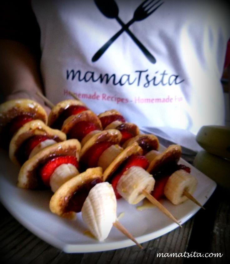 souvlaki mini pancakes with tahini with cocoa and fruits  #pancakes #bananas #strawberries #tahini #chocolate #breakfast #brunch #dessert #homemade #recipe #mamatsita