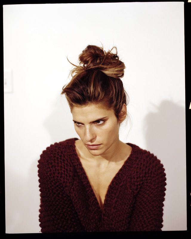 Lake Bell is a stunnah.