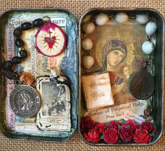 Hey, I found this really awesome Etsy listing at https://www.etsy.com/listing/259875446/sold-custom-order-for-ellen-altoid-tin