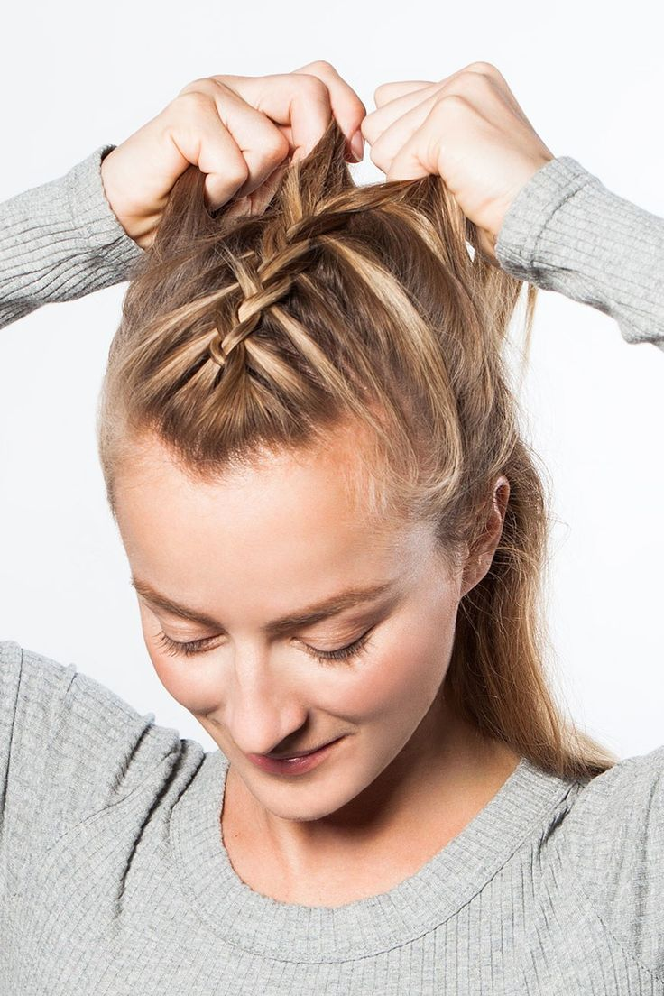 The Easy Workout Braid That Will Actually Keep Hair Out Of ...