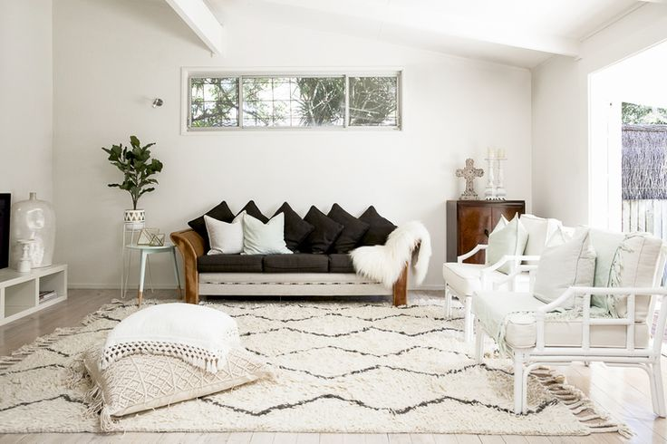 Bonnie Hindmarsh of Three Birds Renovations, has transformed her family's  beach shack into an enviable holiday haven.