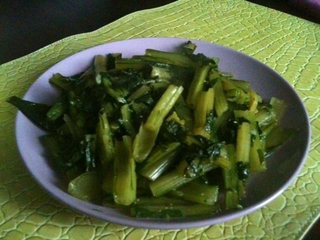 """Cicoria in padella""  trovate la ricetta qui - find the recipe here ---> http://www.facebook.com/media/set/?set=a.121624294591004.32210.121609514592482=3#!/photo.php?fbid=413151092104988=a.121624294591004.32210.121609514592482=3"