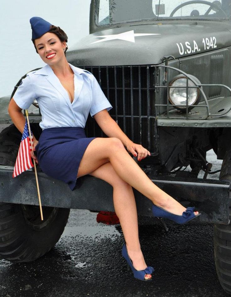 Hot Air Force Women In Uniform