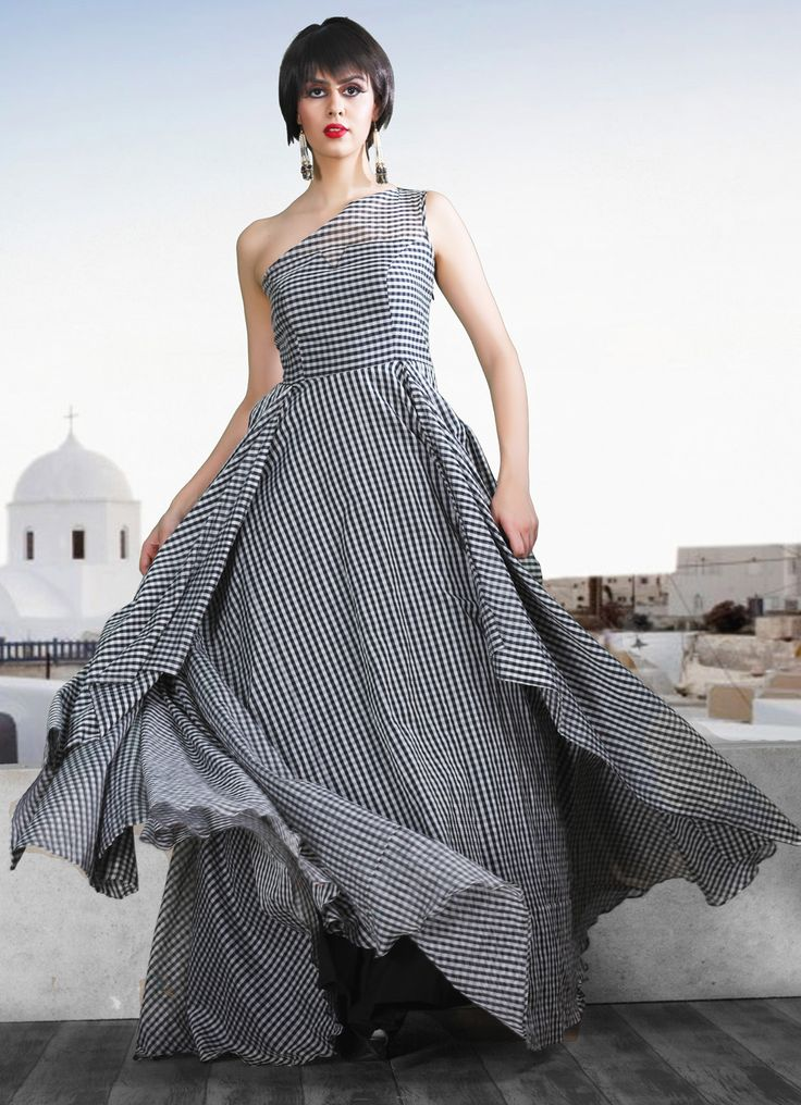 Looking for a gown style Indian wedding dress#Indian#Indian gown#celebrity#Red carpet#checks# Pakistani#Indian#Bridal#asia#shalwar#kameez#2016#dresses#fashion Indian wedding Bridal Lehenga photos#lehenga#choli#indian#hp#shaadi#bridal#fashion#style#desi#designer#blouse#wedding#gorgeous#model#pakistan#wedding#clothes#pakcouture#islamabad#dubai@desicouture#Gowns#Fashion#Cocktail#Party wear#Customized#New trends#Bridal wear#gorgeous#Reception#Ball Gown#Dipali Shah#Haute Couture