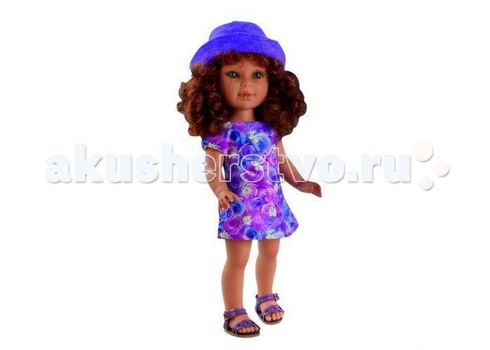Vestida de Azul Паулина рыжая кудряшка Лето Прованс  Vestida de Azul Паулина рыжая кудряшка Лето Прованс восхищает с первого взгляда своим милым и реалистичным личиком, густо прошитыми волосами, а также романтичным нарядом в стиле прованс. Добрая, приветливая и очаровательная кукла, которая поразит своим гламурным образом и невероятно реалистичной внешностью и непременно понравится вашей маленькой принцессе.  Особенности: Симпатичная рыжая кудряшка Паулина в стильном наряде: цветочное платье…