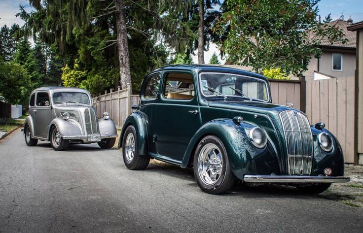 Vintage hot rods keep these two brothers close