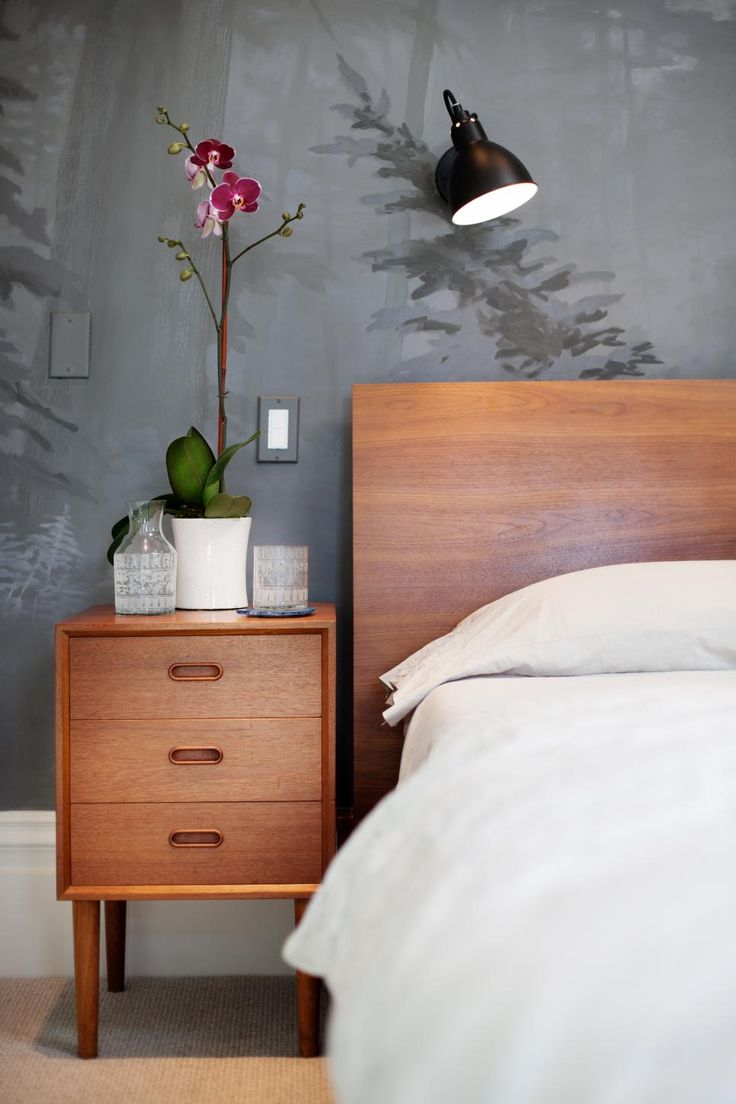 Bedside table decor pinterest - 17 Best Images About Home Decor On Pinterest Organic Form The The Natural Wood End Table And Headboard Help To Incorporate The Raw Beauty Of The Forest And