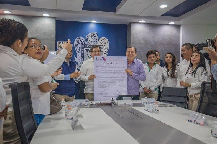 ] CHILPANCINGO, Gro. * 14 de junio de 2017. Uagro La Universidad Autónoma de Guerrero (Uagro) firmó convenio de colaboración con la Comisión Nacional para el Desarrollo de los Pueblos Indígenas en Guerrero (CDI), con el objetivo de brindar servicios de capacitación y asistencia técnica a...