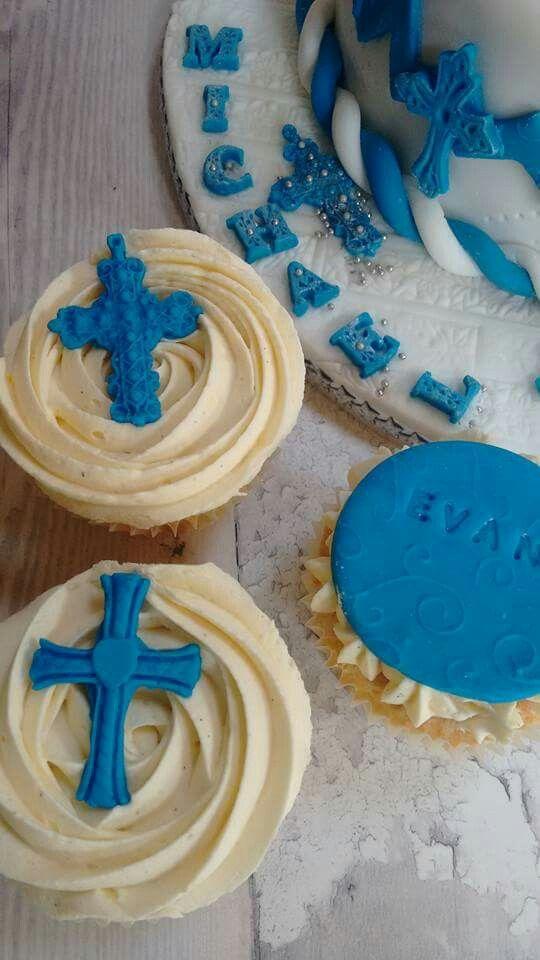 Vanilla sponge cupcakes with vanilla paste buttercream and handmade fondant decorations.
