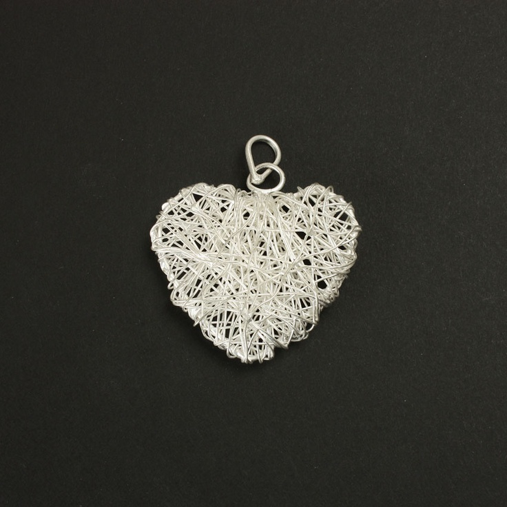 £4.48 Silver-plated wire heart pendant with bail, Pk 1.
