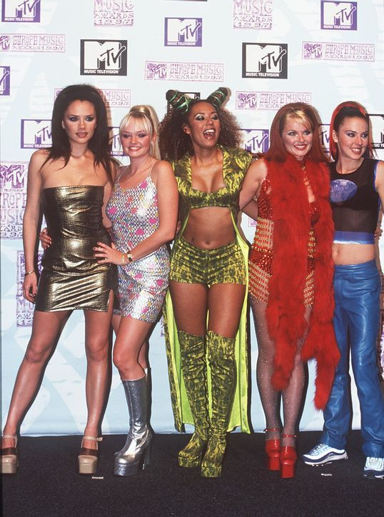 Designers Are Bringing This Spice Girls-Inspired '90s Shoe Trend Back