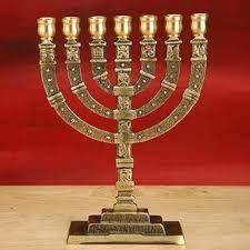 Resultado de imagen para templo judio candelabro