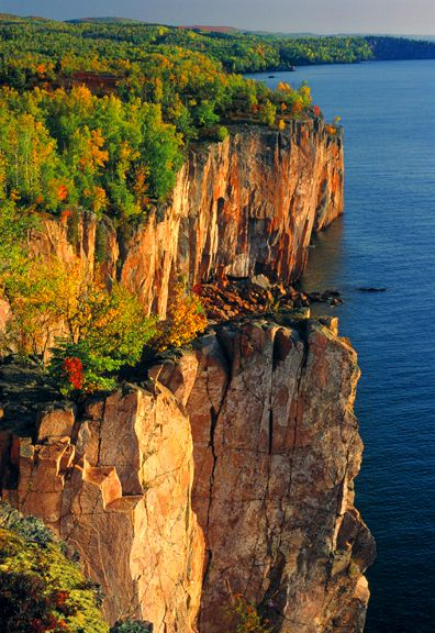 Minnesota - Palisades - North Shore of Lake Superior Vt.
