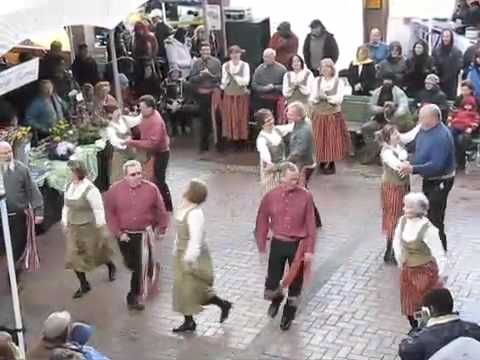 danse traditionnelle française, La troupe de victoria, CB -Les cornouillers - Cotillon