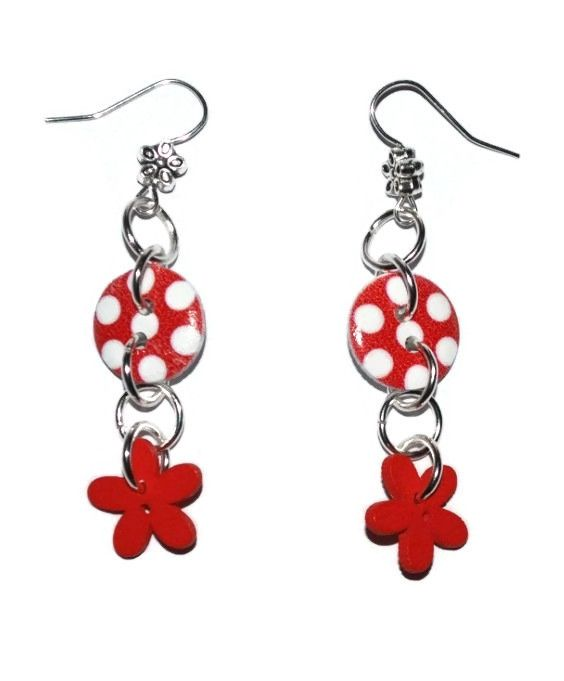 Red flowerbutton earrings, Leonora