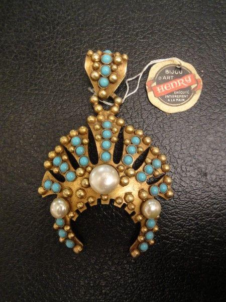 tous les grands noms des bijoux vintage au magasin du temps d'alice bijoux henry vintage broches années 1960 et bijoux collection cilea
