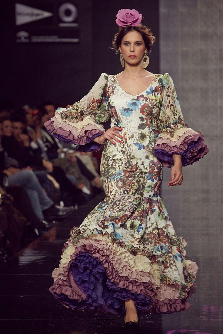 18-traje-flamenca-estampado-flores - Lina Sevilla 1960