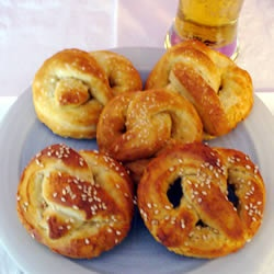 Buttery Soft Pretzels - my favorite recipe for soft pretzels. Really tastes like the real deal!