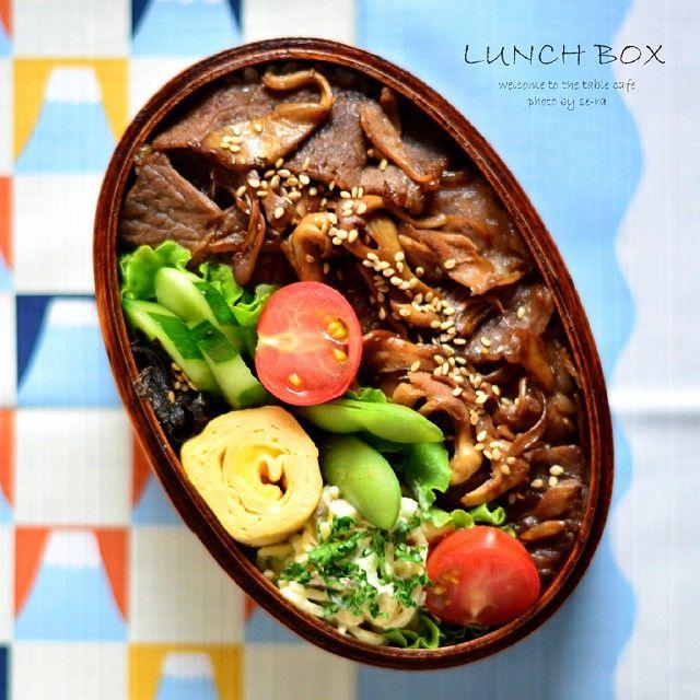 SnapWidget | * 2015.6.2 * + #高校男子弁当 。 . . 今日はヒラタケと牛肉のステーキ弁当。…