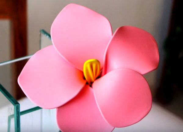 How to make flowers with balloons