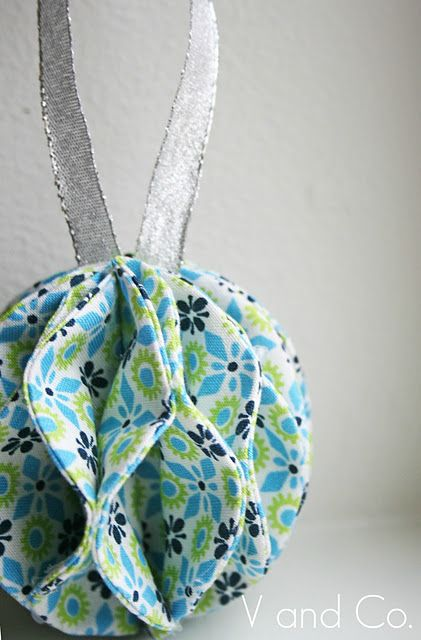 How to: Fabric Ornament by V and Co.! Clever and easy way to sew the circles, then its no sew! The possibilities are endless with thousands of fabrics including a large selection of holiday fabrics to choose from at the Fabric Shack at http://www.fabricshack.com/cgi-bin/Store/store.cgi